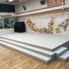 保育園の舞台のパンチカーペットを張り替えしました。